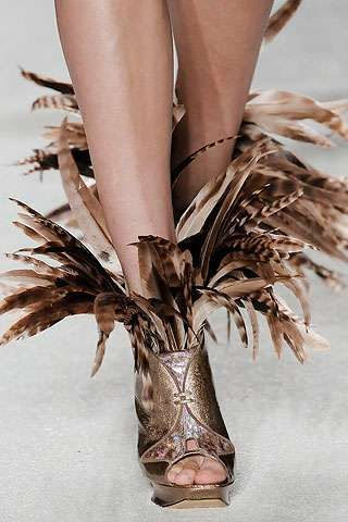 Amazing-feather-shoes-designs-for-women-27