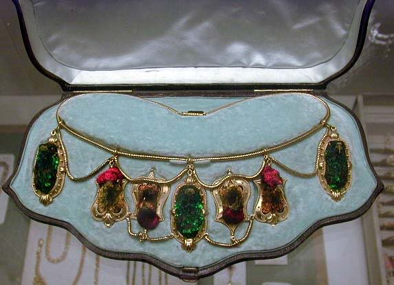 hummingbird-necklace