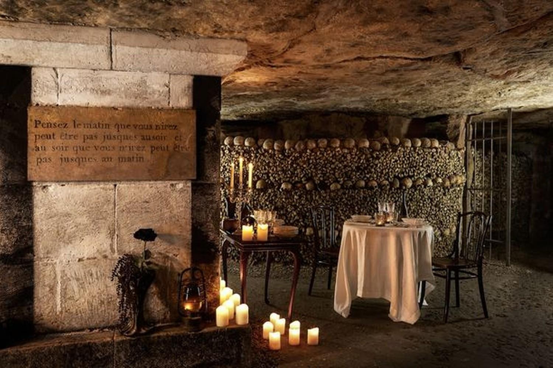 airbnb+Paris-famous-catacombs
