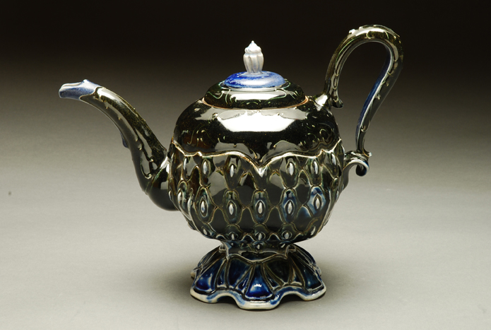 black-teapot-4.jpg