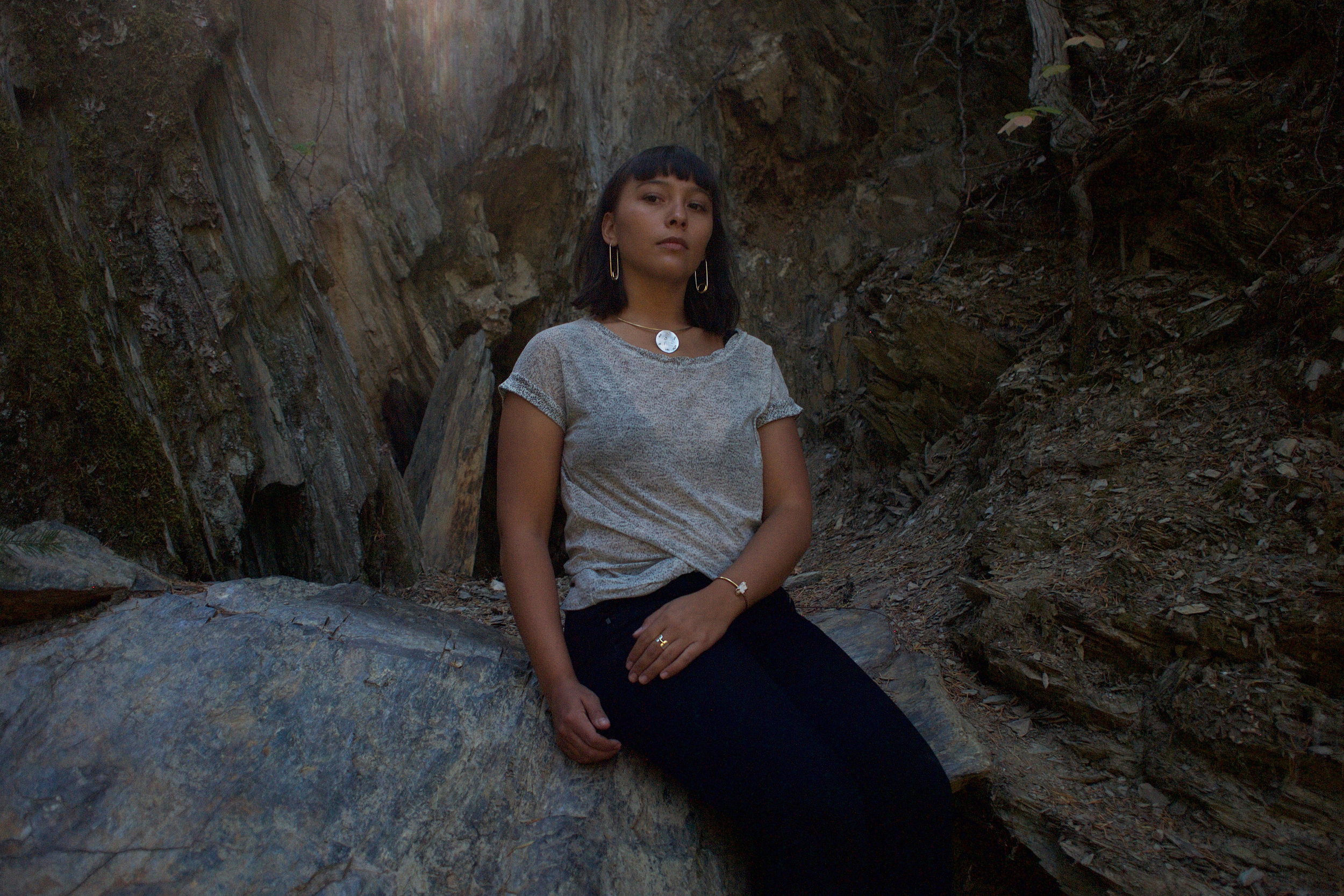 regal cave throne.jpg