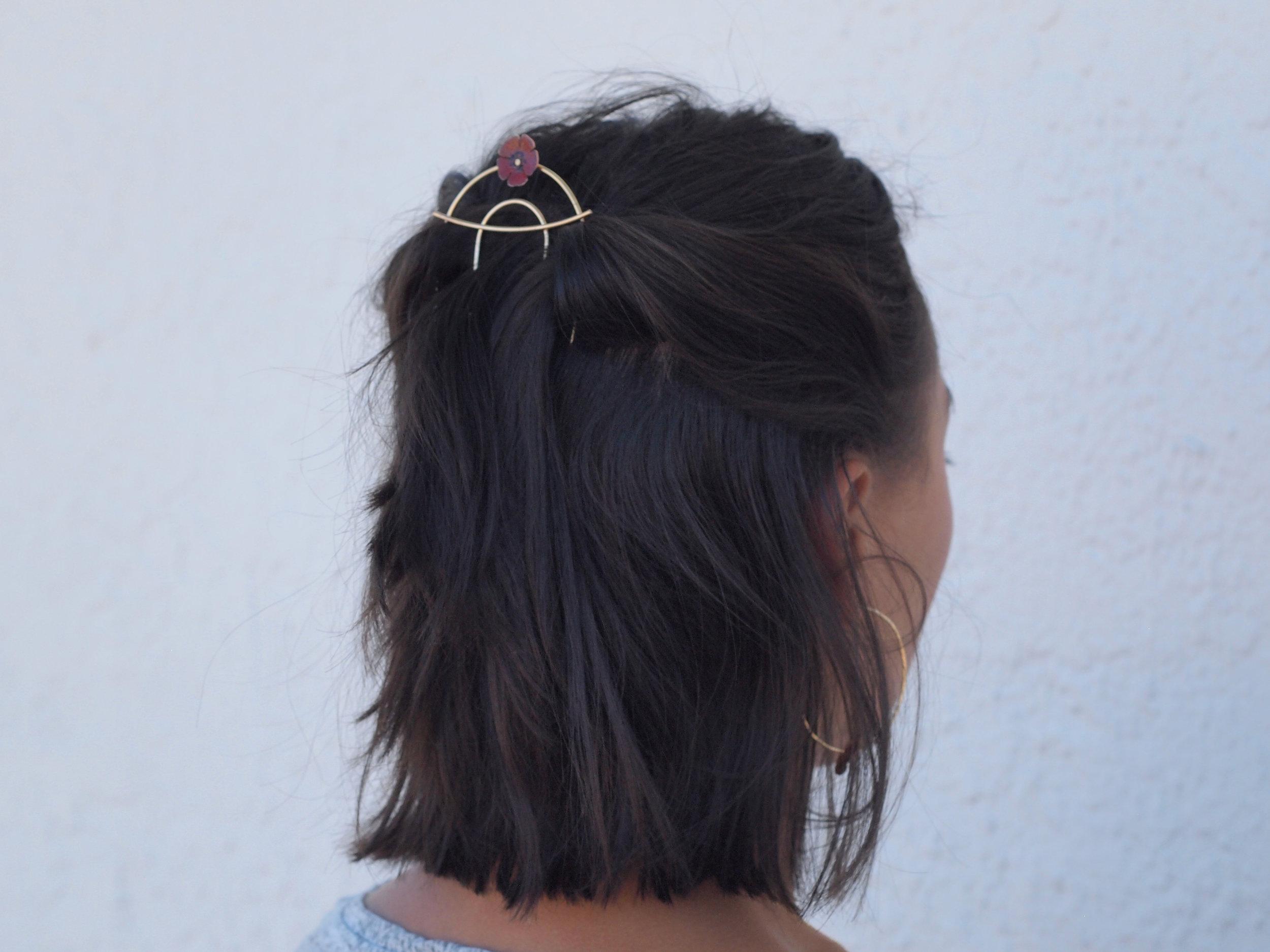 hair comb side.jpeg