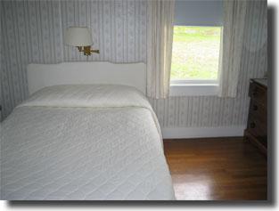 cottage-bed1.jpg