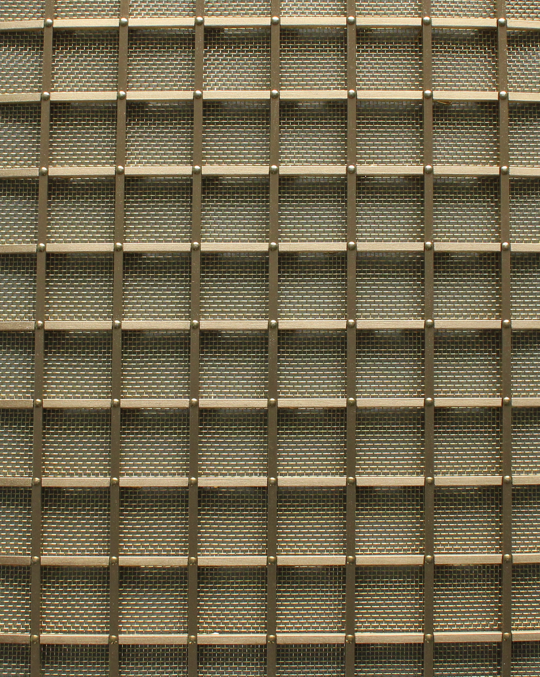 Small Square Grille (25mm)