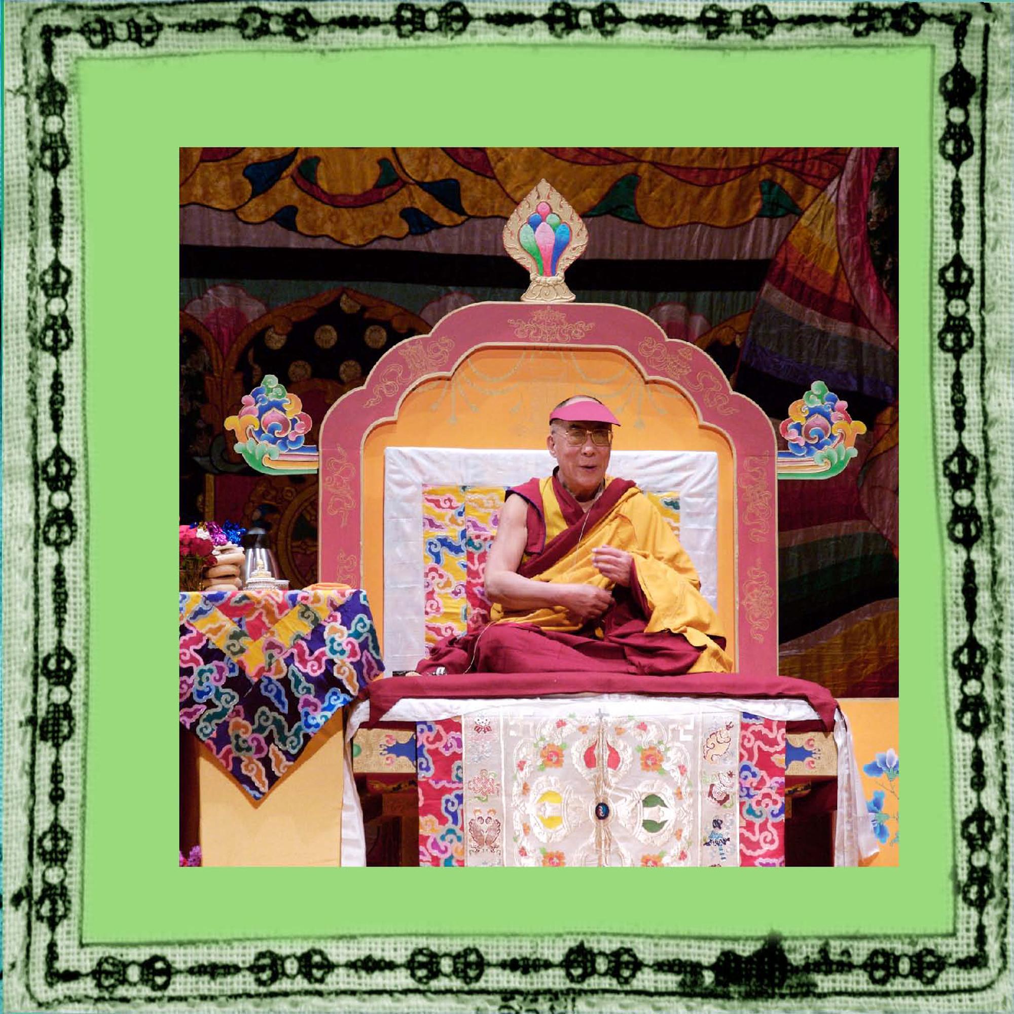 elizabeth-fenwick-photography-dalai-lama-peace-3.jpg