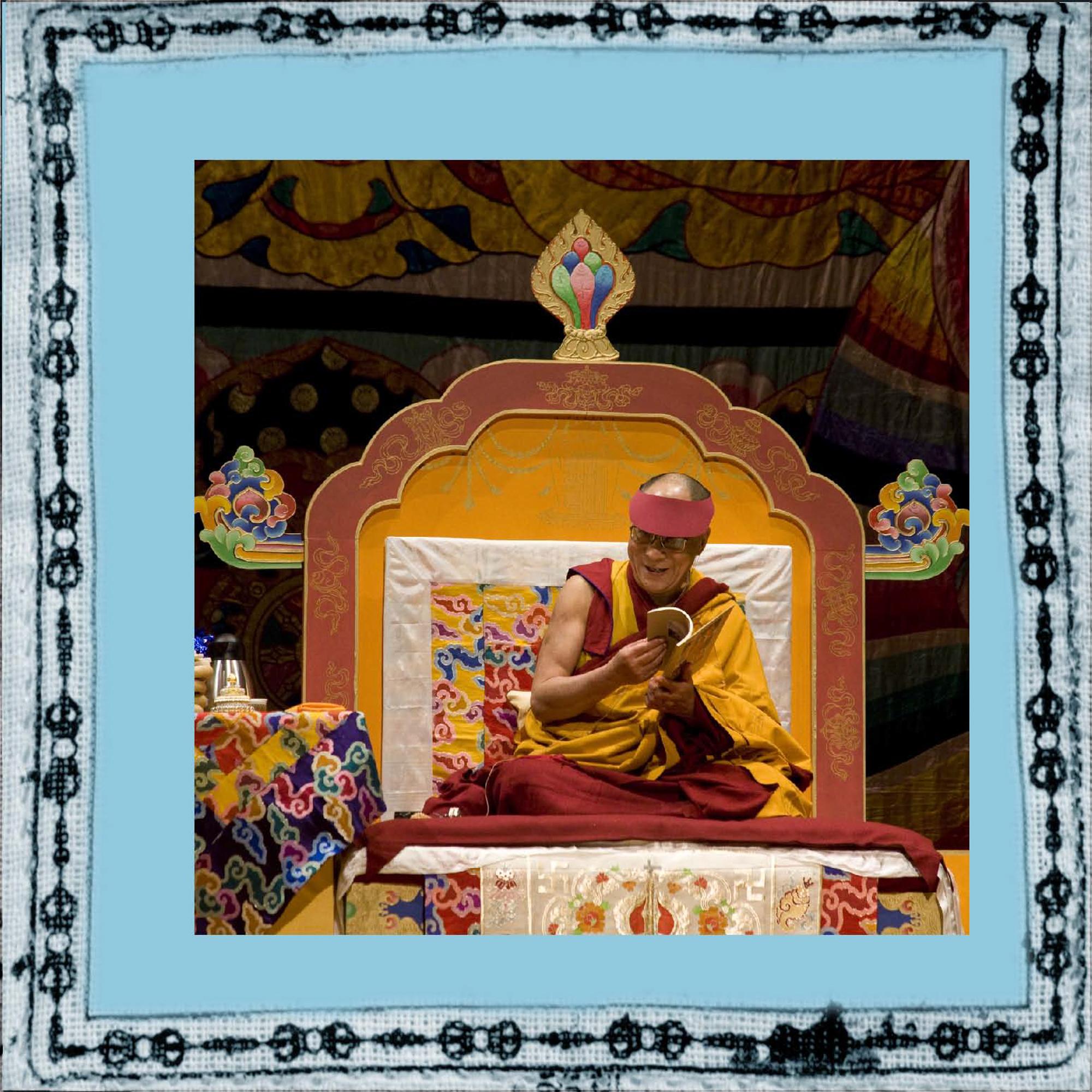 elizabeth-fenwick-photography-dalai-lama-peace-6.jpg