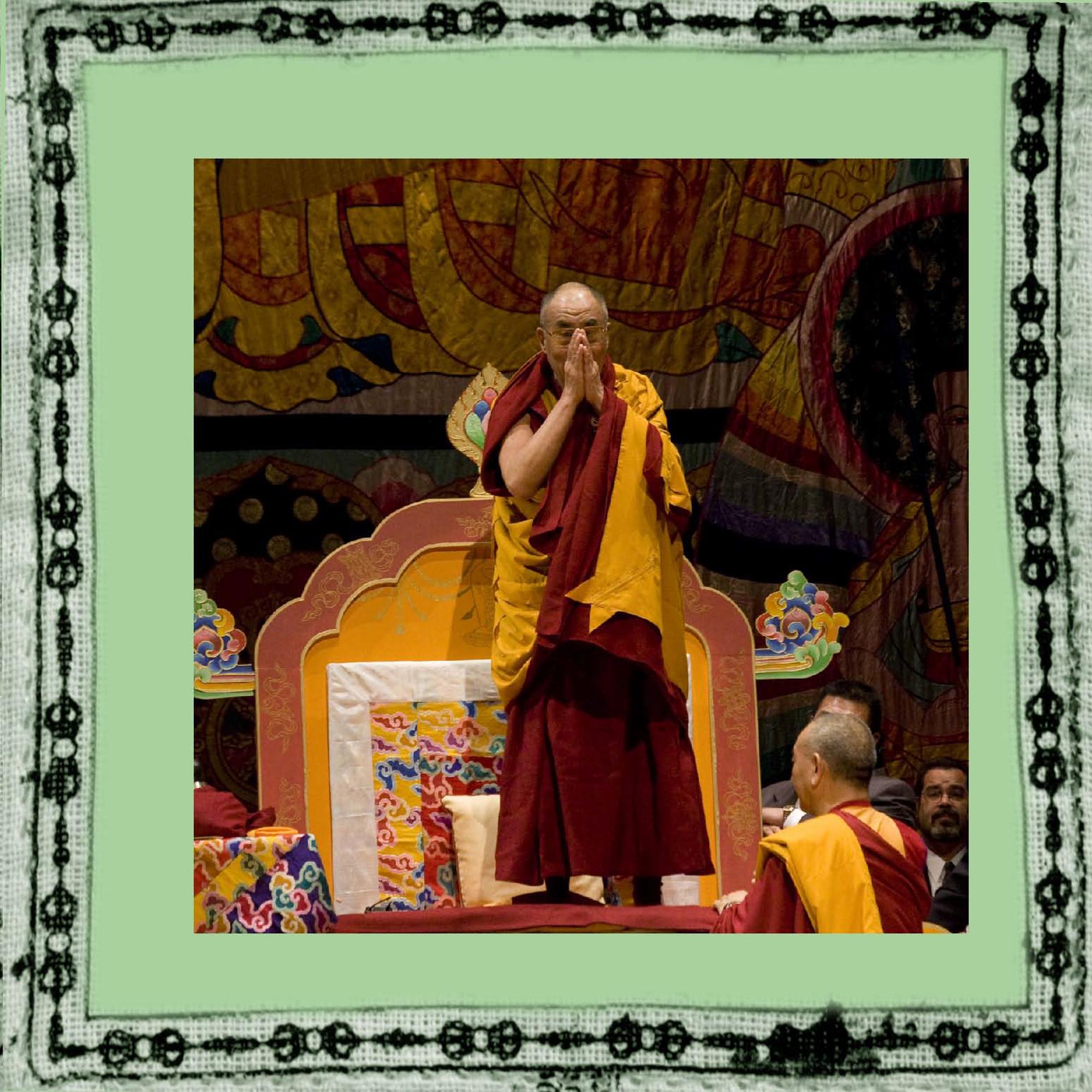elizabeth-fenwick-photography-dalai-lama-peace-12.jpg
