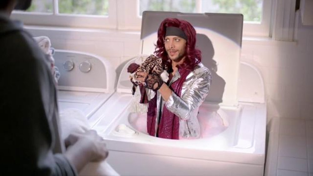 diet-dr-pepper-lil-sweet-laundry-featuring-justin-guarini-large-7-2.jpg