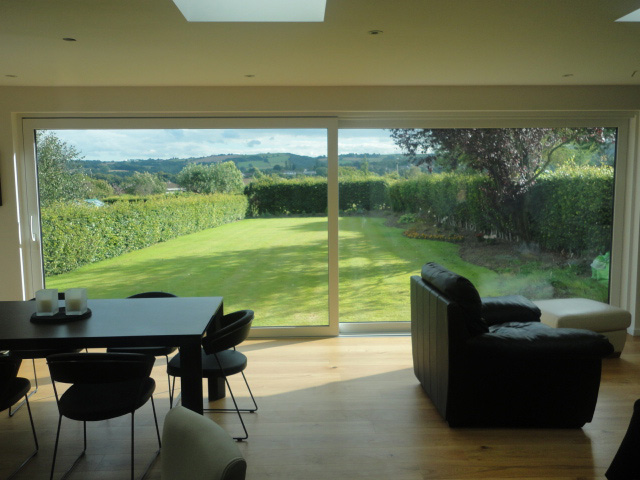Contemporary-sliding-doors-sheffield.jpg