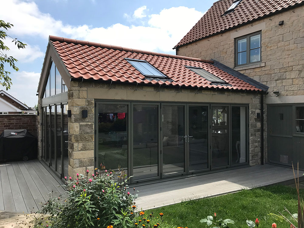 highly glazed house extension