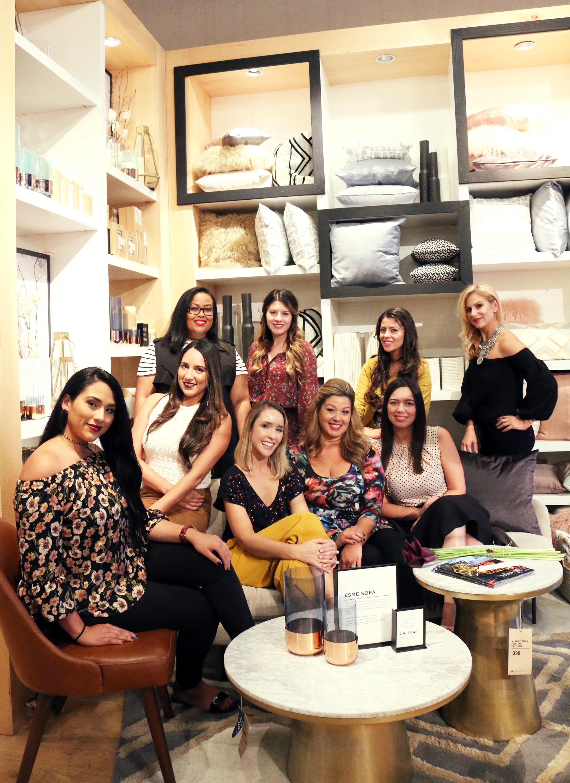 Photo by   Nabila Verushka   Blogger friends: Laura  @thefashiondiva ; Janney  @thefashionbuffet ; Natalia @ beautybeyondmycurves ; Nikki  @nikkinovo ; Nat  @winewithnat ; Paola  @coralgableslove ; Karyn  @withlovefrommiami