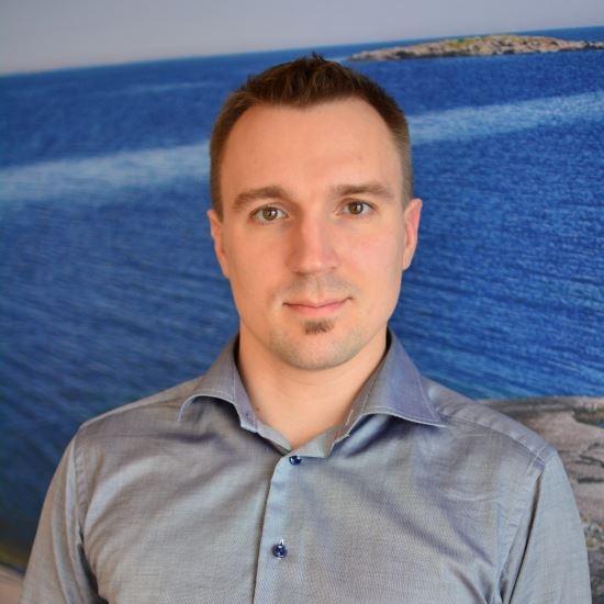 Alexander Lebedev, MD PhD - Alexander Lebedev är psykiater och postdoktoral forskare vid Aging Research Center, Karolinska Institutet. Han har ett pågående samarbete med Psychedelic Research Group vid Imperial College London, vilket hittils resulterat i två publicerade artiklar.Alexander på researchgate.