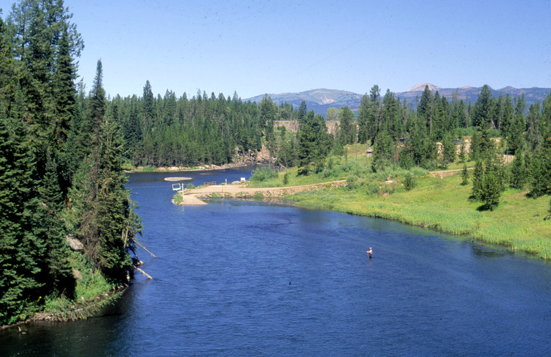 Henry's Fork of the Snake River - Photo: www2.humboldt.edu