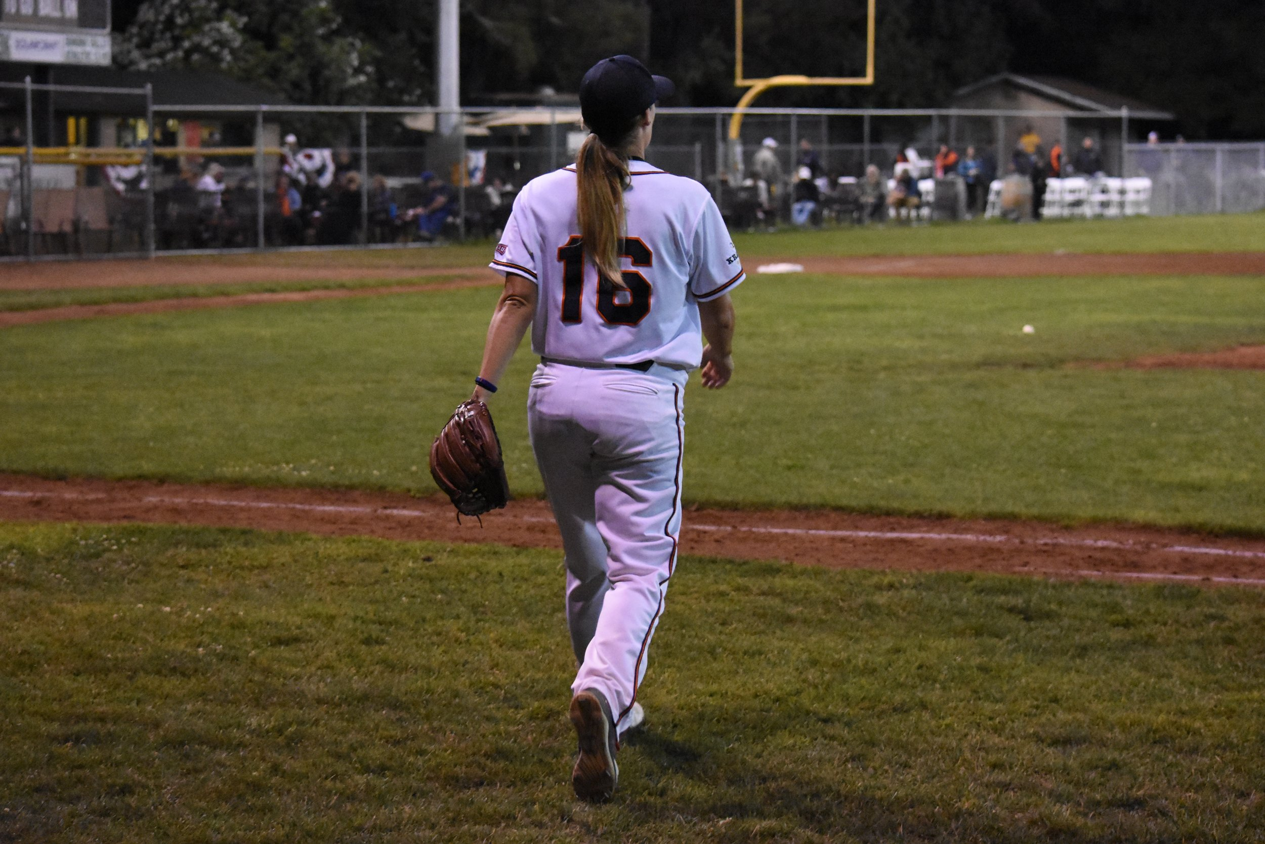 Stacy Piagno takes the mound during Saturday's 6-2 loss to the Vallejo Admirals at Peoples Home Equity Ballpark at Arnold Field. (James W. Toy III / Sonoma Stompers)