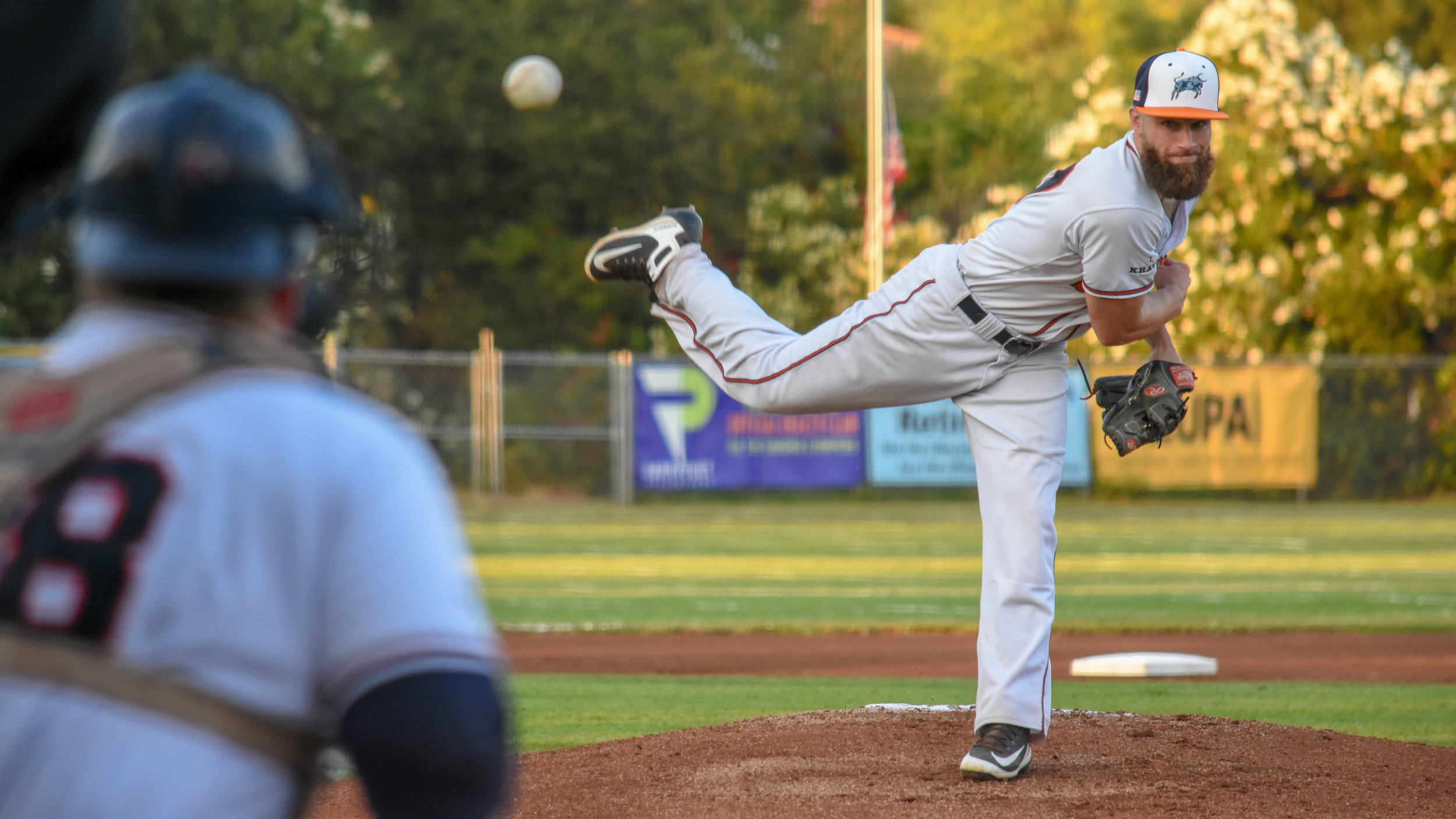 Ethan Gibbons throws a pitch in the Sonoma Stompers game against the Pittsburg Diamonds, September 1, 2018 in Sonoma, Calif.(James W. Toy III / Sonoma Stompers)
