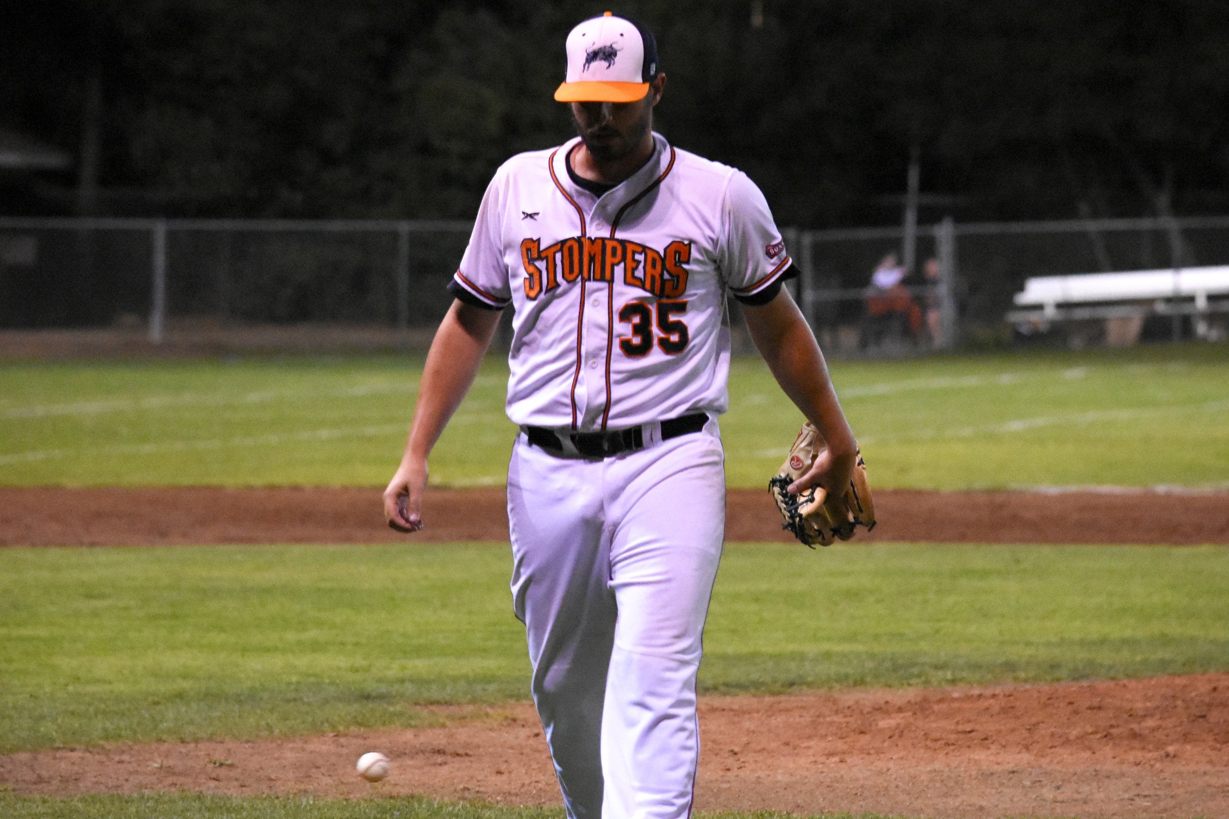 Kenny Mathews walks off the mound in the Sonoma Stompers game against the San Rafael Pacifics, September 2, 2018 in Sonoma, Calif.(James W. Toy III / Sonoma Stompers)