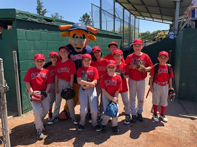 Rawhide Alert 🚨 :Be sure to participate in your local Sonoma Little League! Be on the lookout for Pre-Season Stompers events coming out MONDAY!