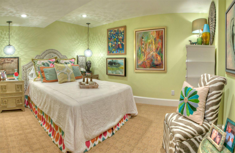 NC_guestroom_002.jpg