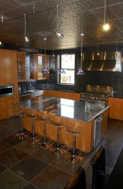 Thompson building kitchen.jpg