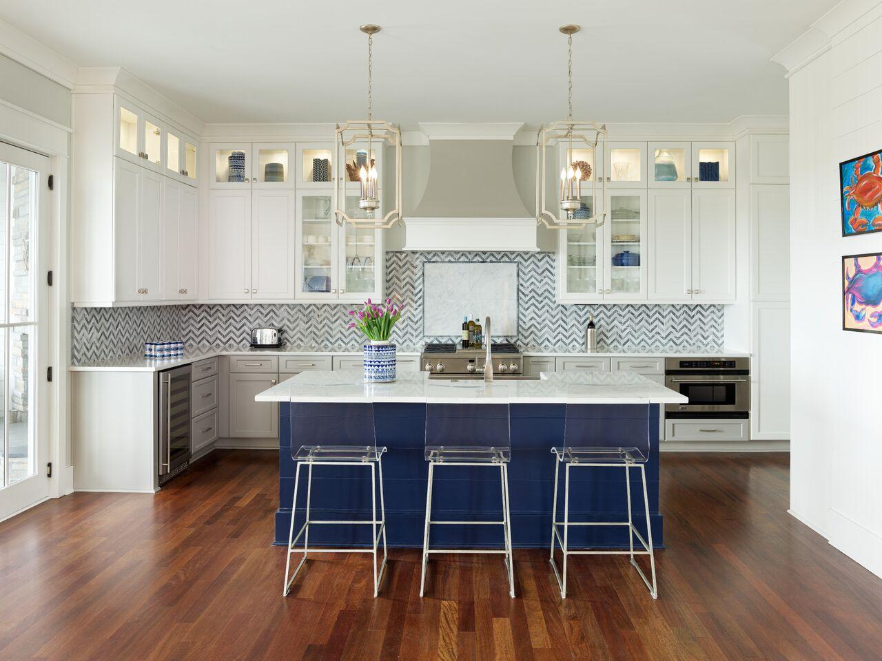 Posnanski kitchen straight on.jpeg