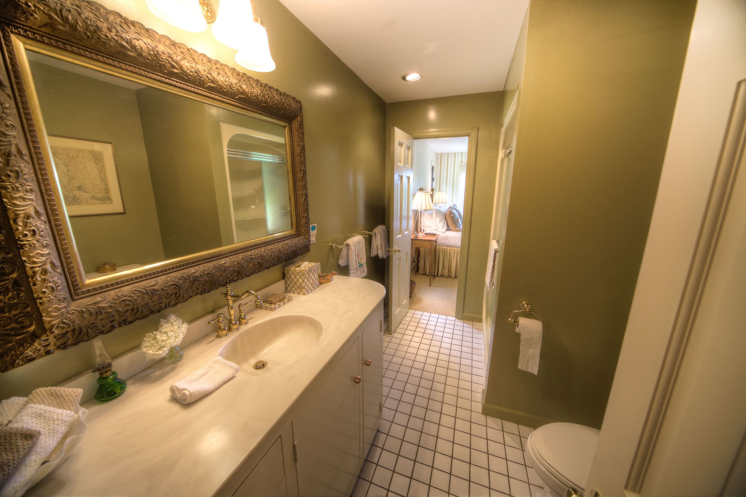 Bathroom1Test.jpg