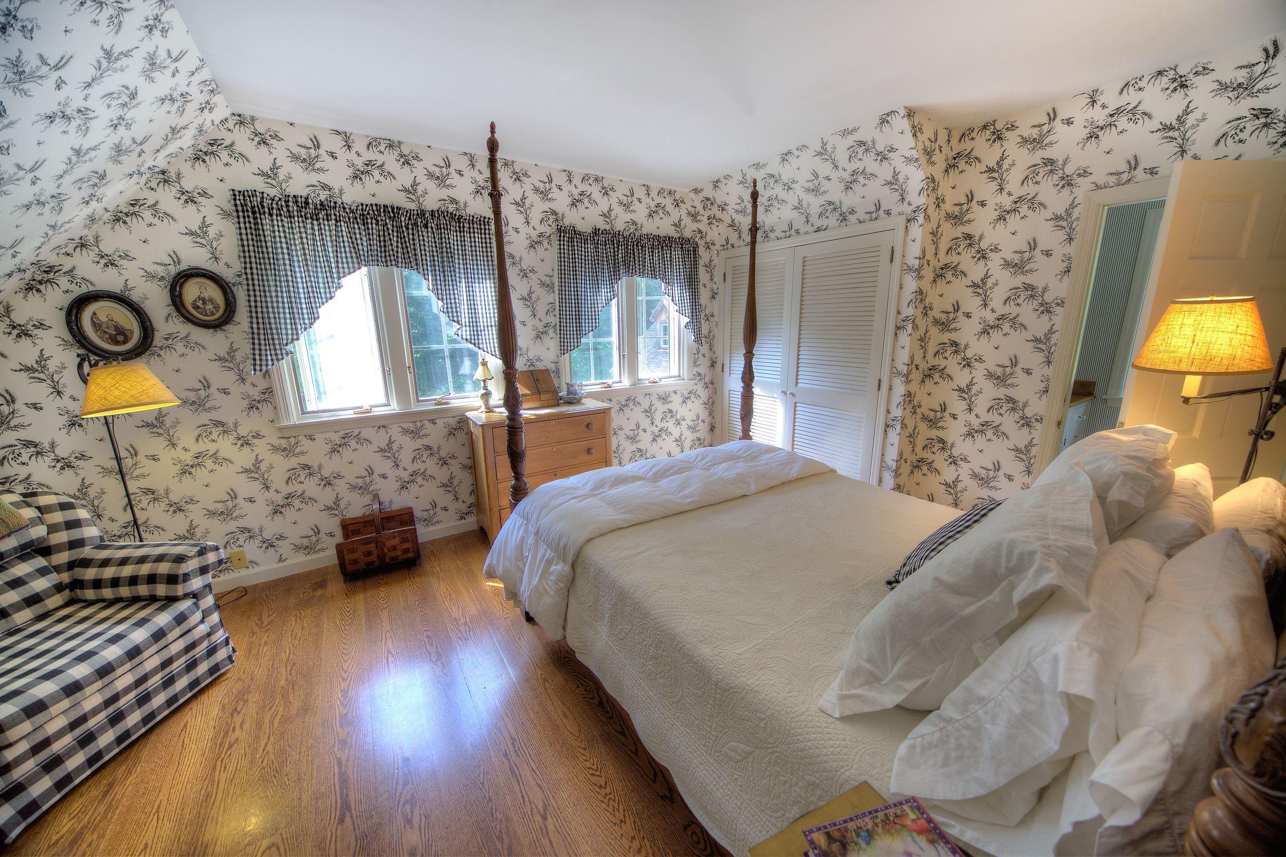 Bedroom2Test.jpg