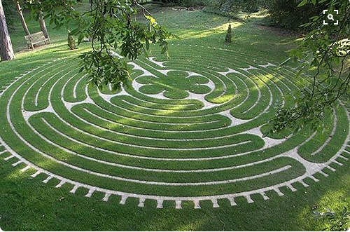 Labyrinth of the Sacred Union, Tofte Manor, UK. Designed by Labyrinth Builders, UK.