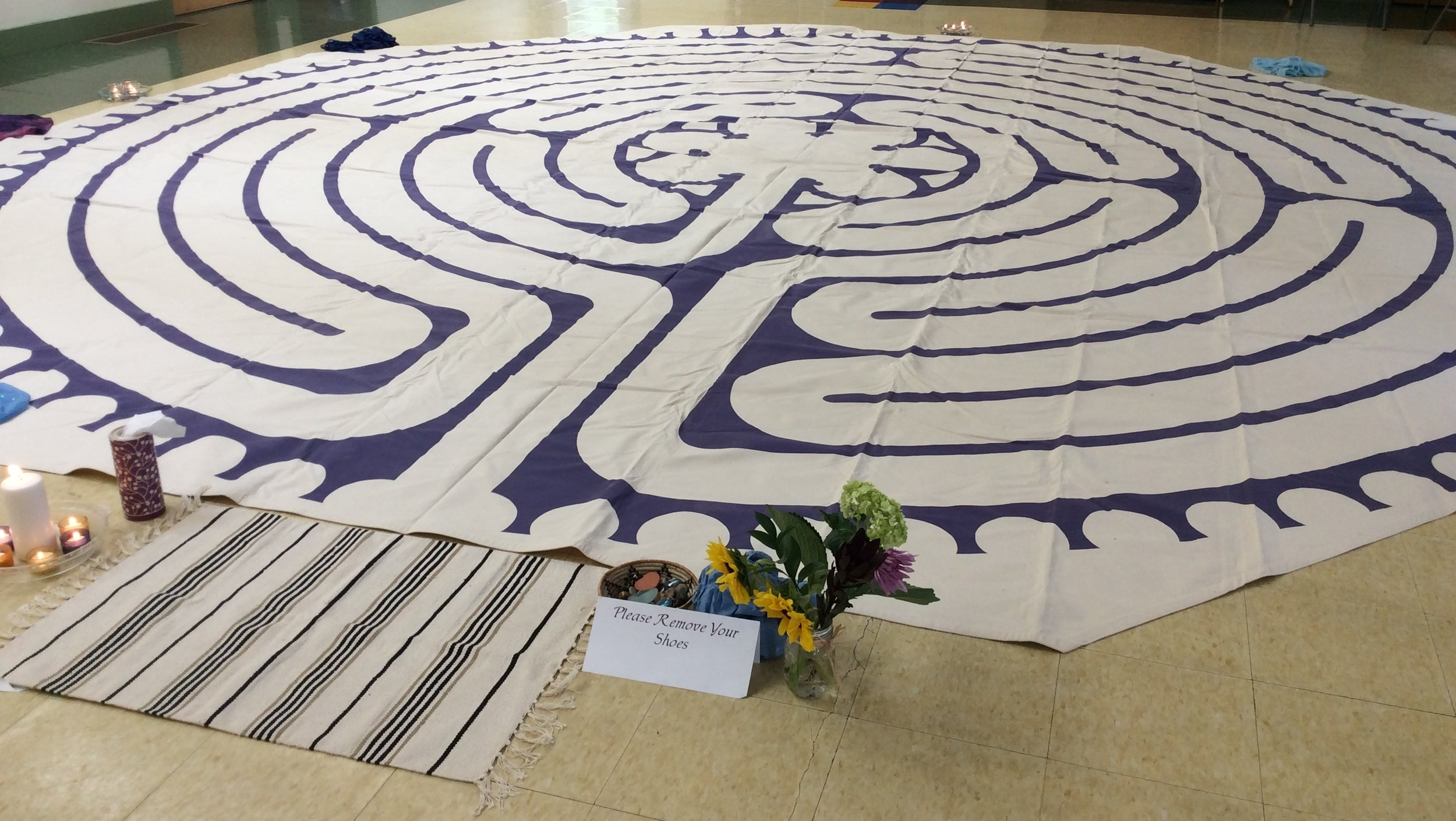 … - Anne has a 22' modified Chartres canvas labyrinth. Her canvas is often used as an integral part of her workshops. Her labyrinth is also available as part of her work with organizations, including using it for team building, developing rituals, and to offer it as outreach to the communitiesserved. Anne also has small finger labyrinths for use during workshops or during spiritual companionship sessions.