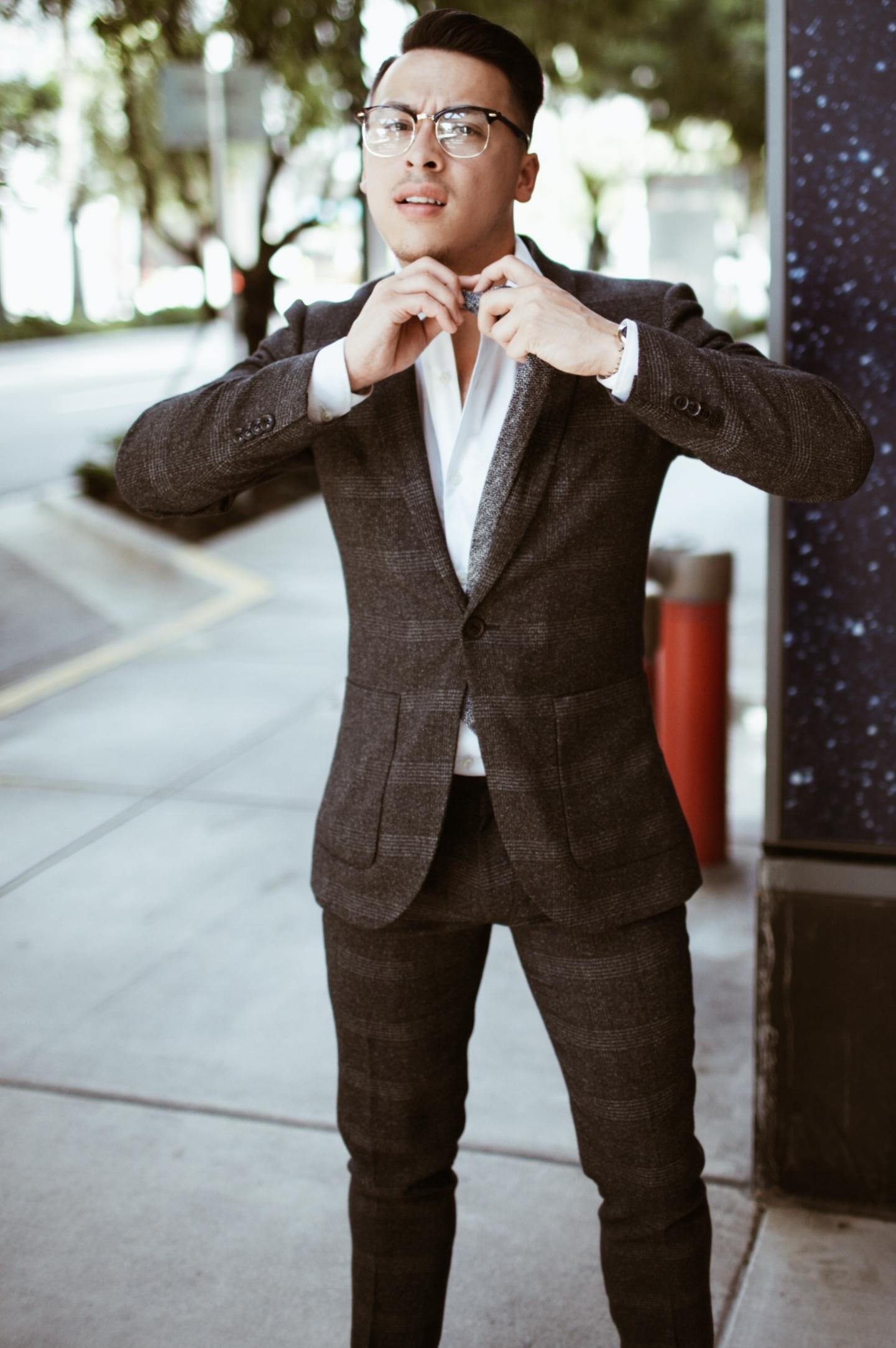 5 Key Items - Every Man Needs In His Wardrobe