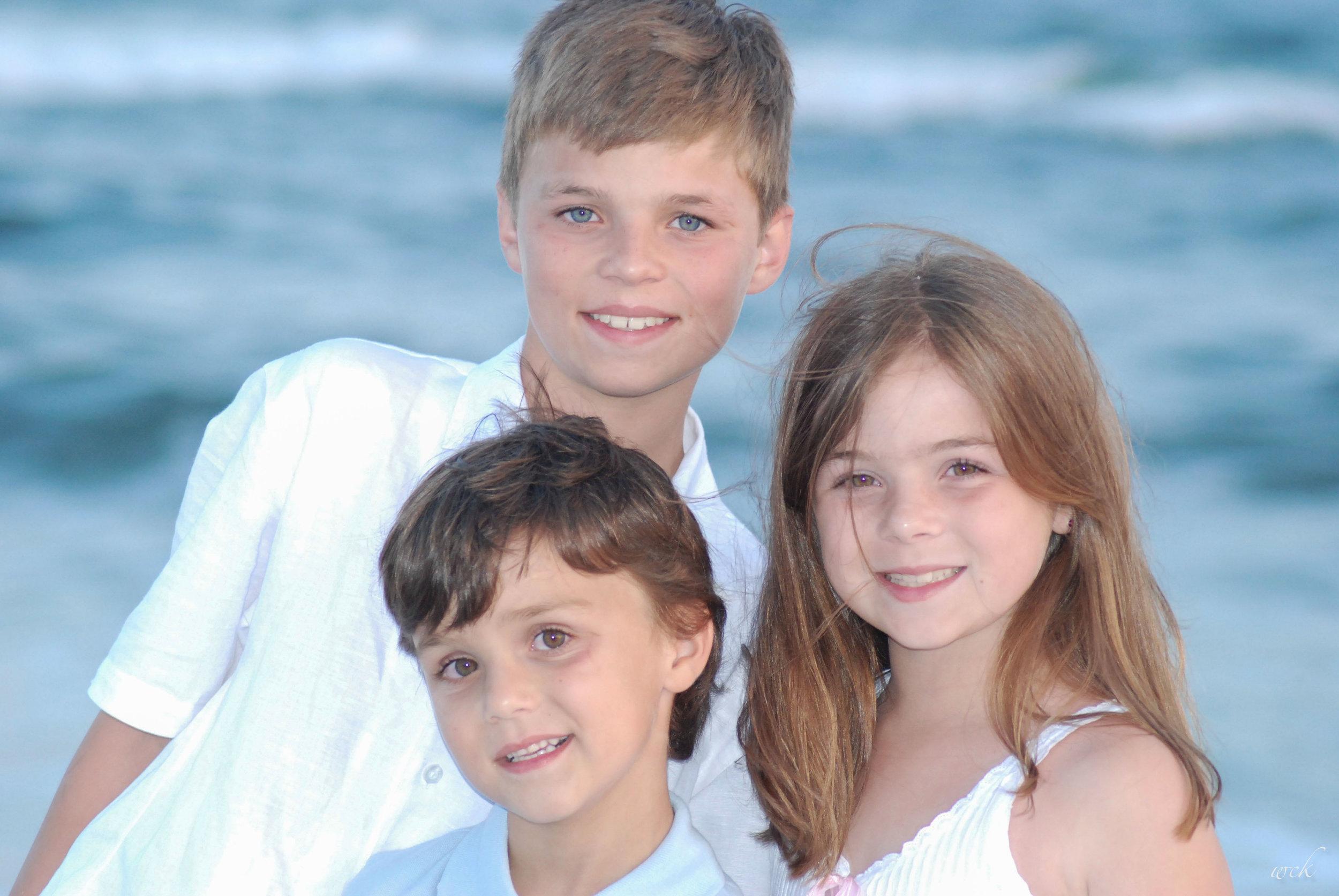 05 28 07 Kesler Beach Portraits 068 Top 100 - web.jpg