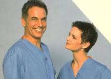 Stacy Edwards with Mark Harmon in CHICAGO HOPE