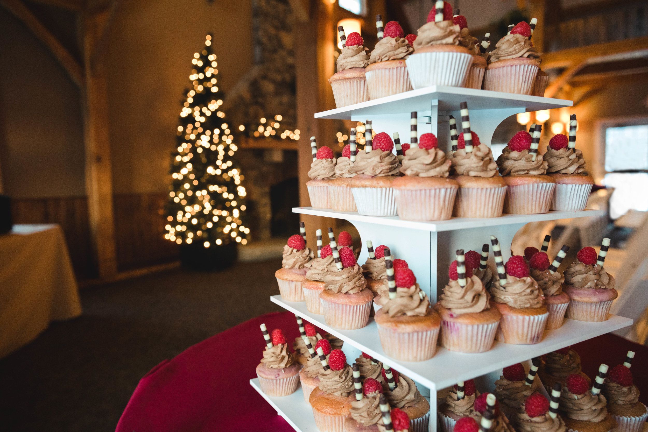 Cupcake stand for winter wedding