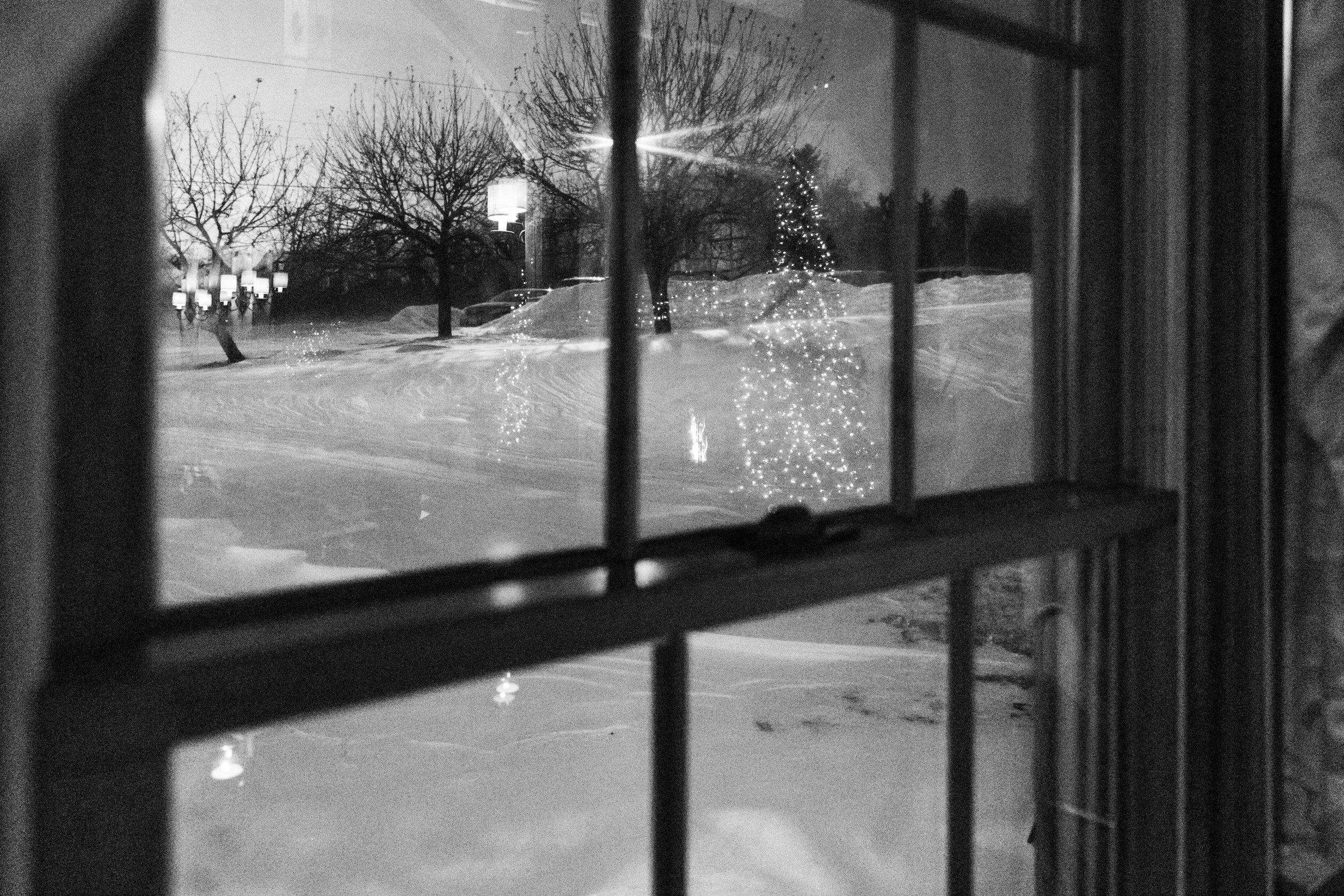 snow storm winter wedding