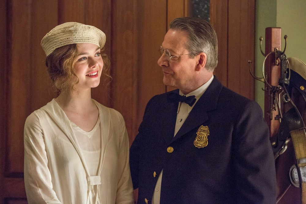 The Figgis family, played by Elle Fanning and Chris Cooper.