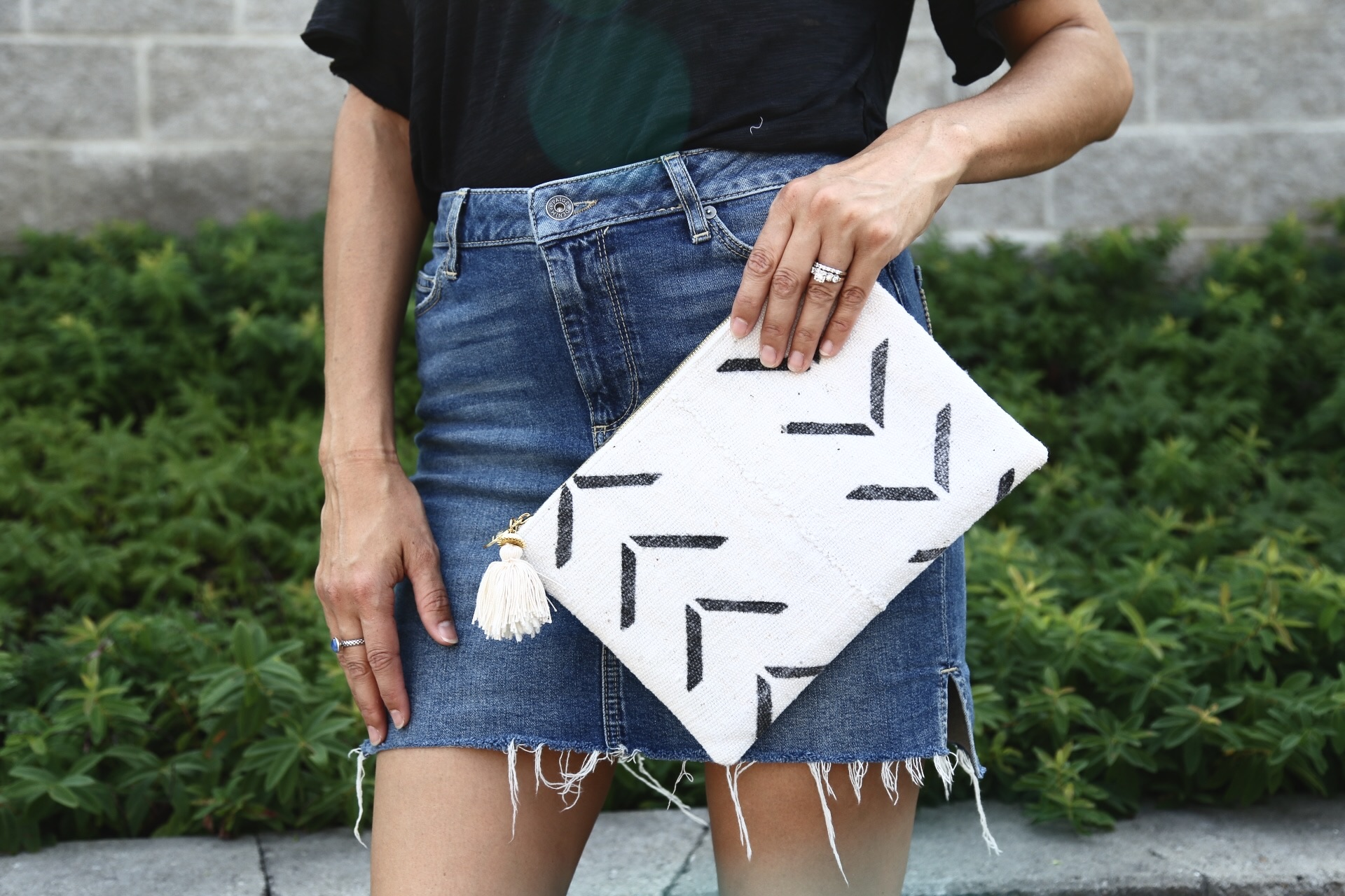 |  GAIA CLUTCH  |  DENIM SKIRT  |  CUT OUT TEE  | IMAGE SYDNEY CLAWSON |