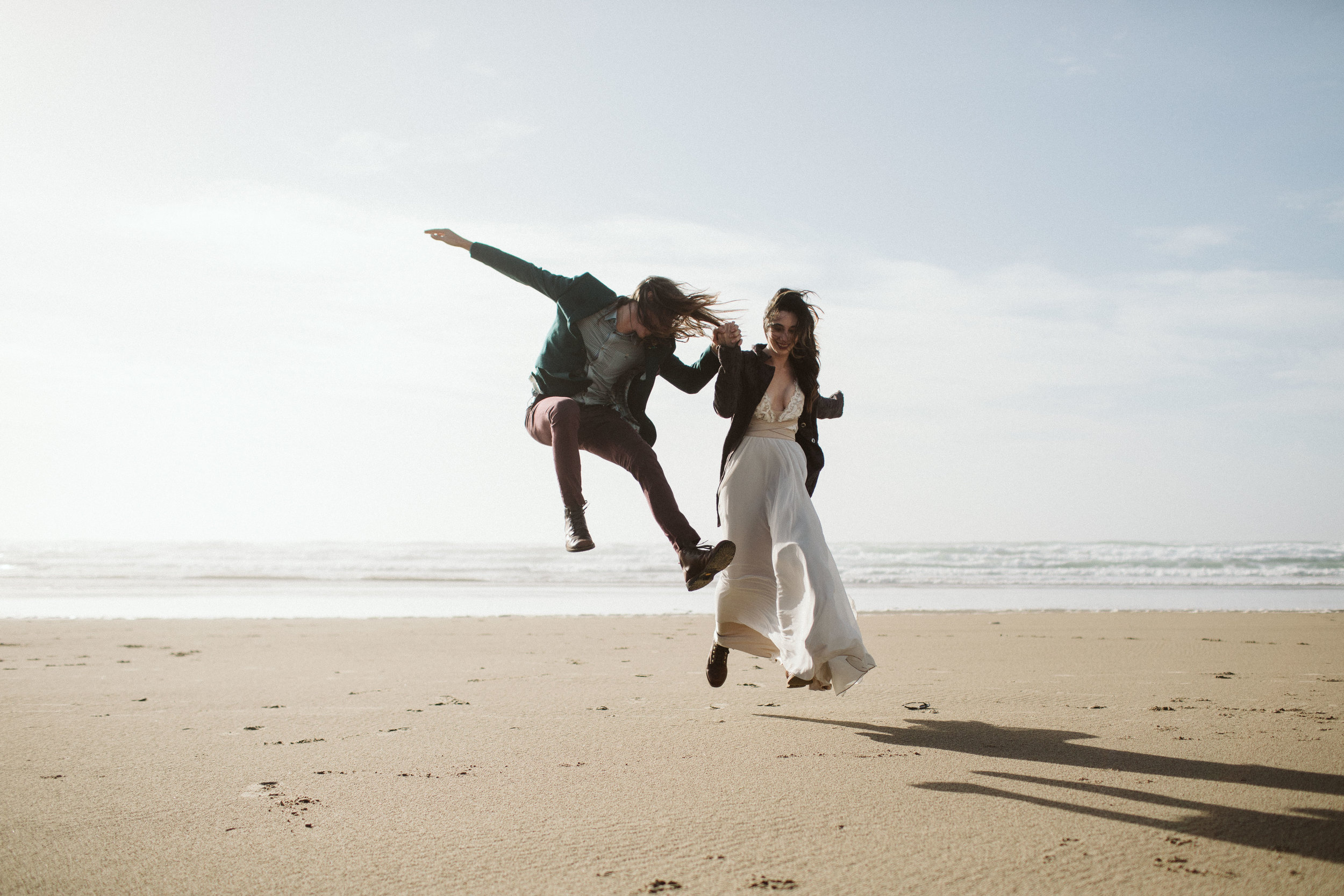 oregon-hug-point-elopement-11.jpg