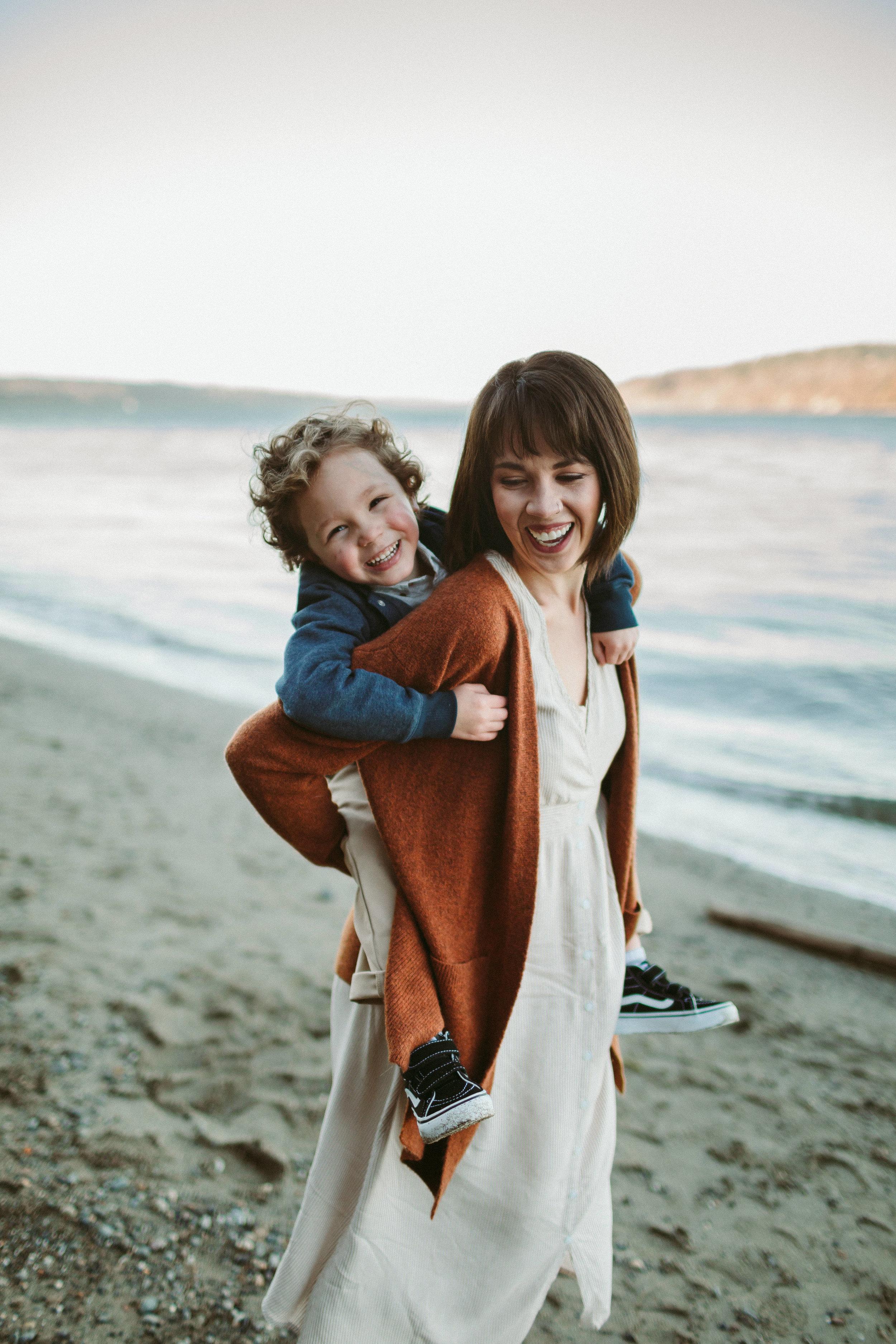 Familyportraits Owen Beach Tacoma WA20.jpg