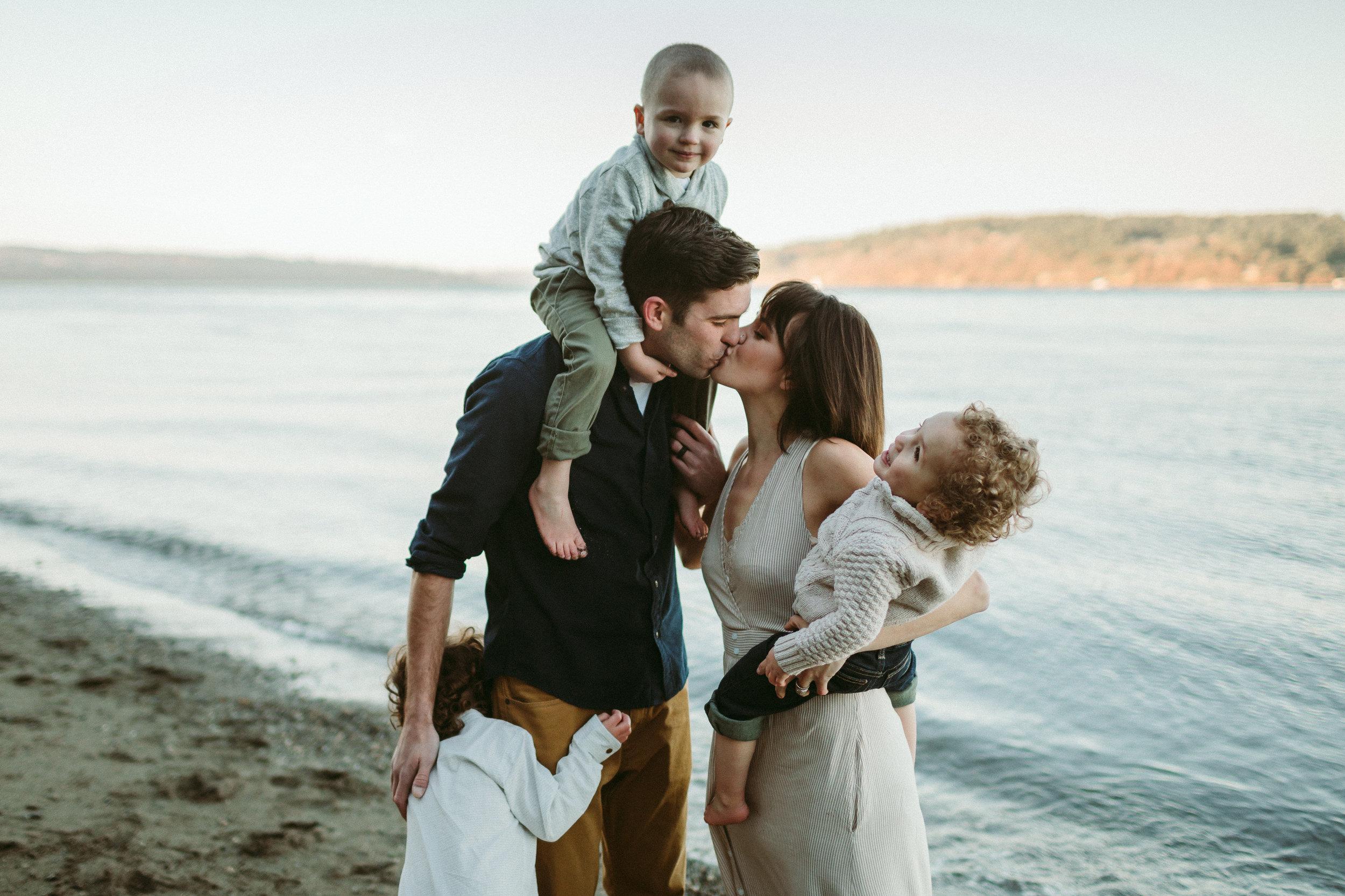 Familyportraits Owen Beach Tacoma WA148.jpg