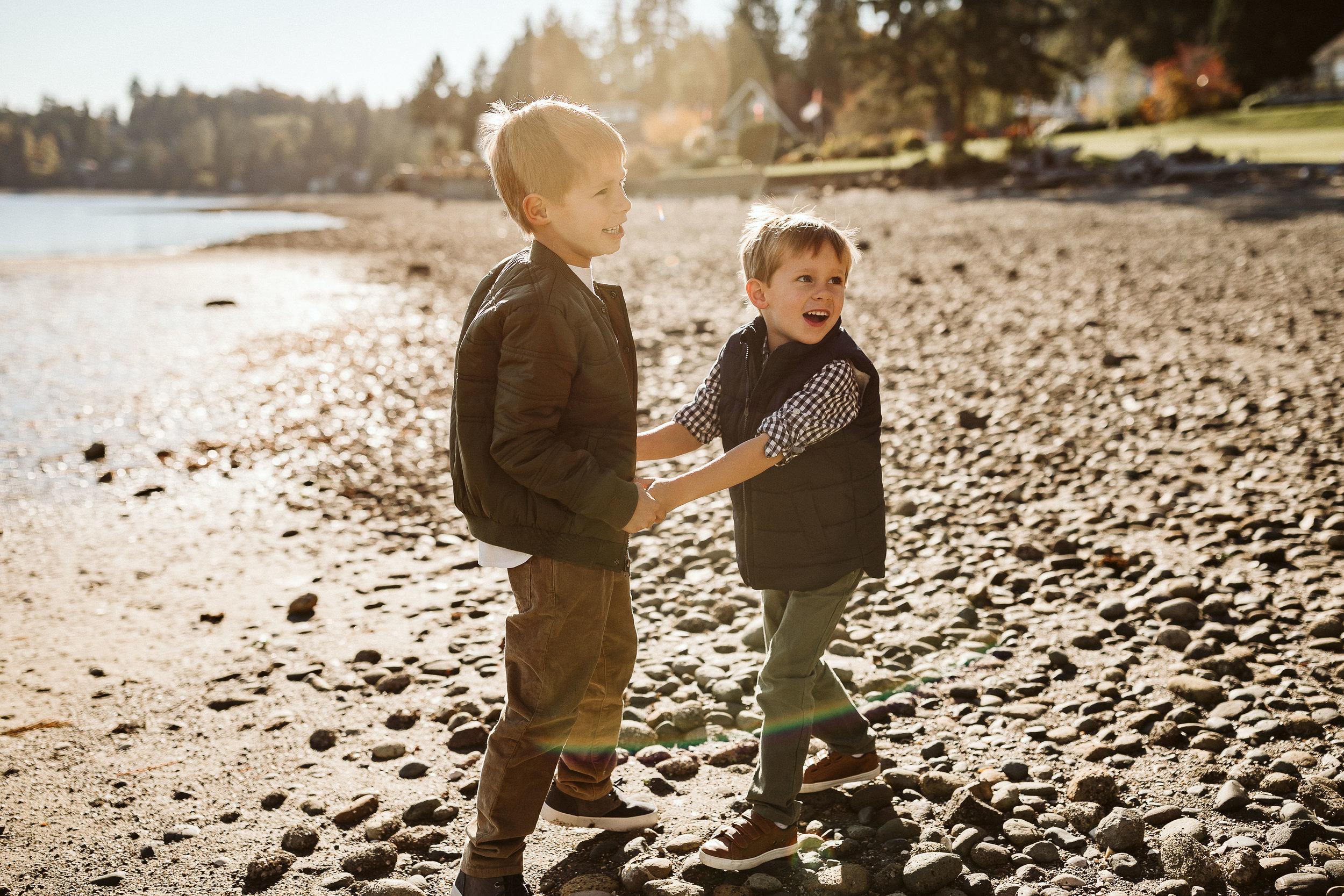 Beach family photos tacoma WA18.jpg