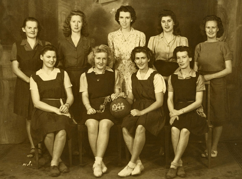 1944 Womens Basketball (before netball was derived)