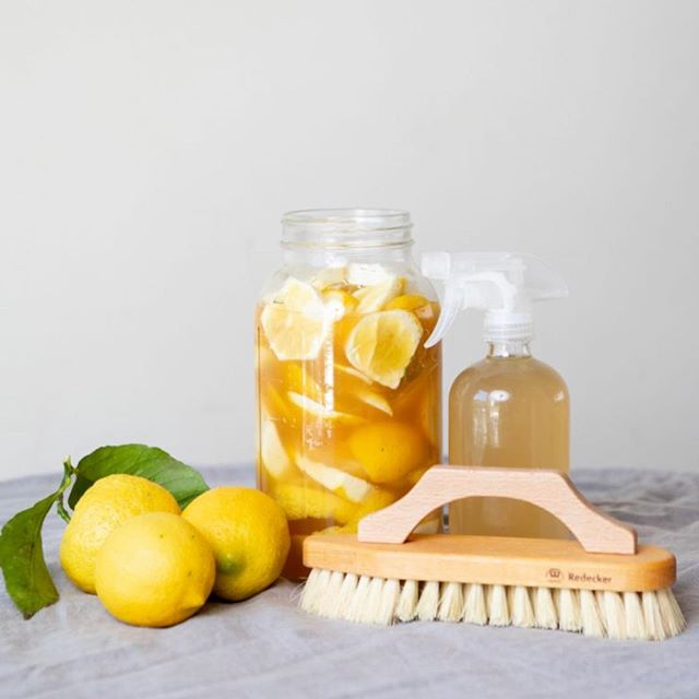 So fresh and so clean! Ashley's All Purpose Cleaner DIY on link in profile, featured on #ripandtan 📷 @brittanyesmith . . . . . . . #diy #naturalhousecleaner #freshlemons #makeitclean #nochemicals #womensheritage