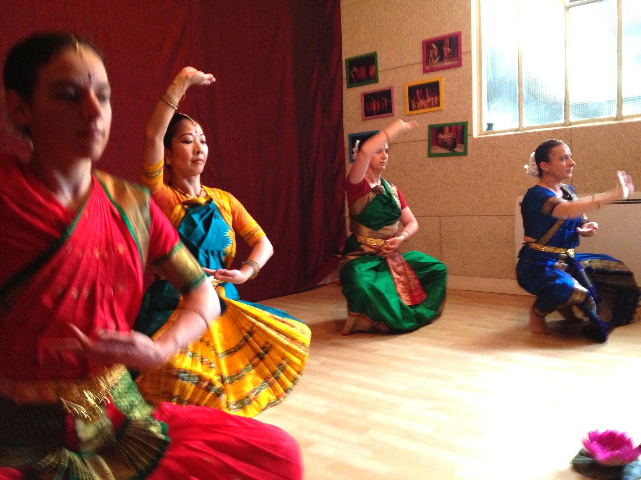 danse-indienne-cours-7.jpg