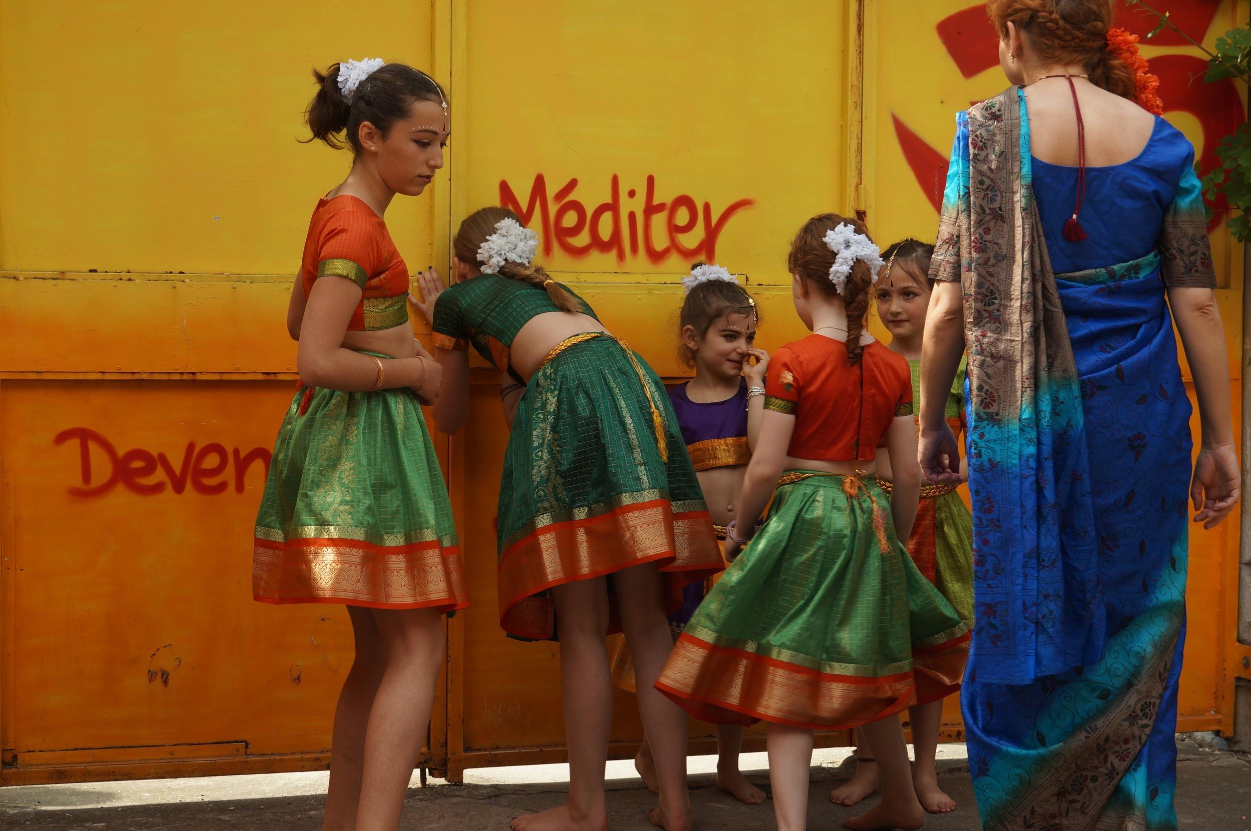 danse-indienne-fontenay-sous-bois-7.jpg