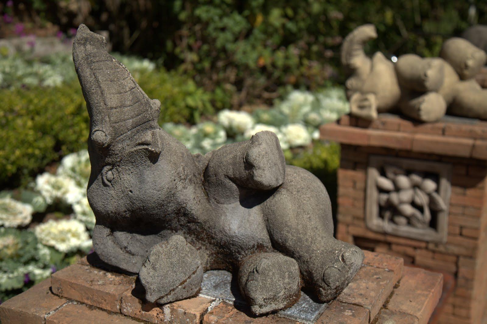elephant-yogi3.jpg
