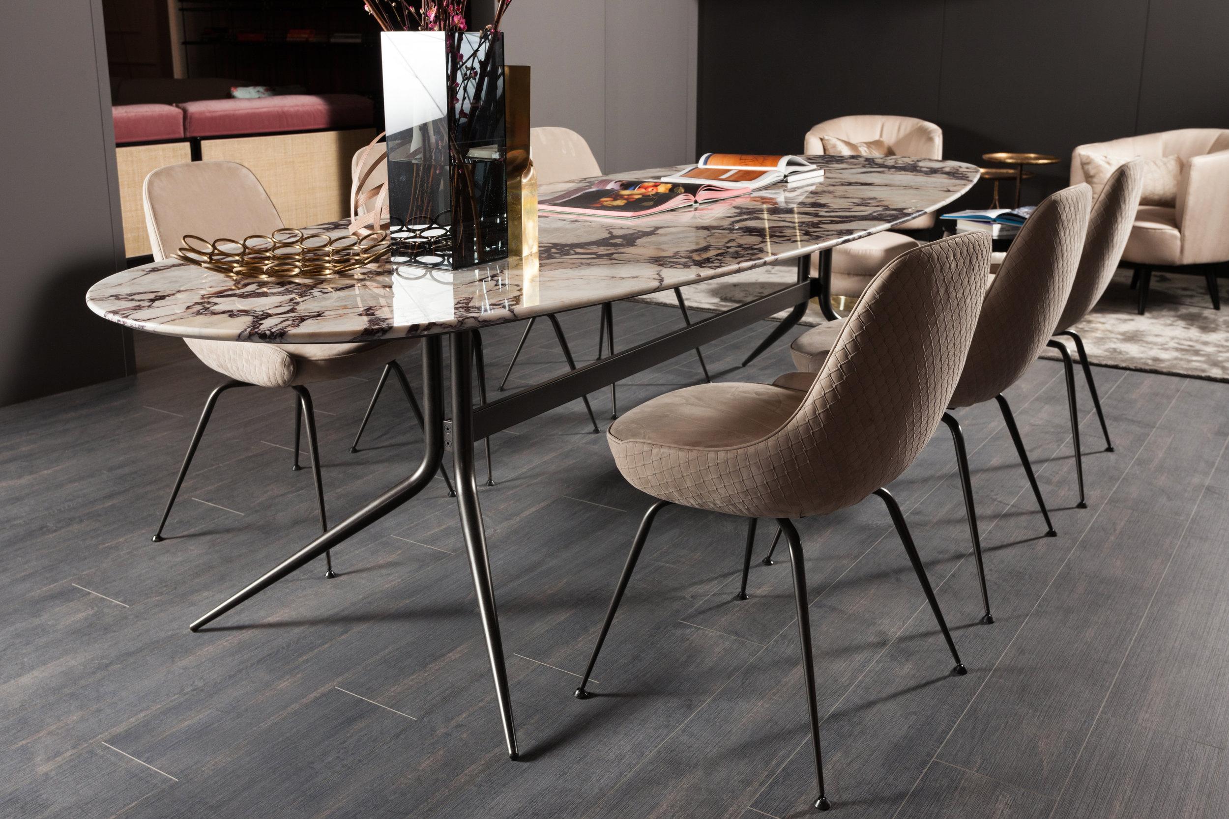 SWING-table--SWING-chair-02.jpg