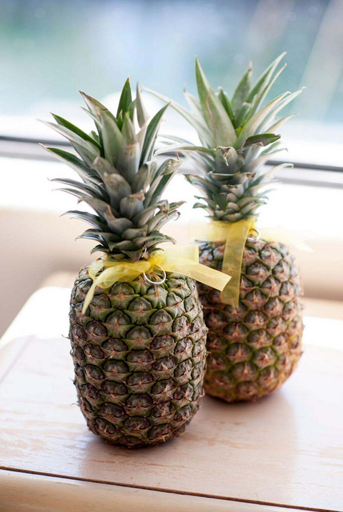 pineapple-beach-wedding-rings.jpg