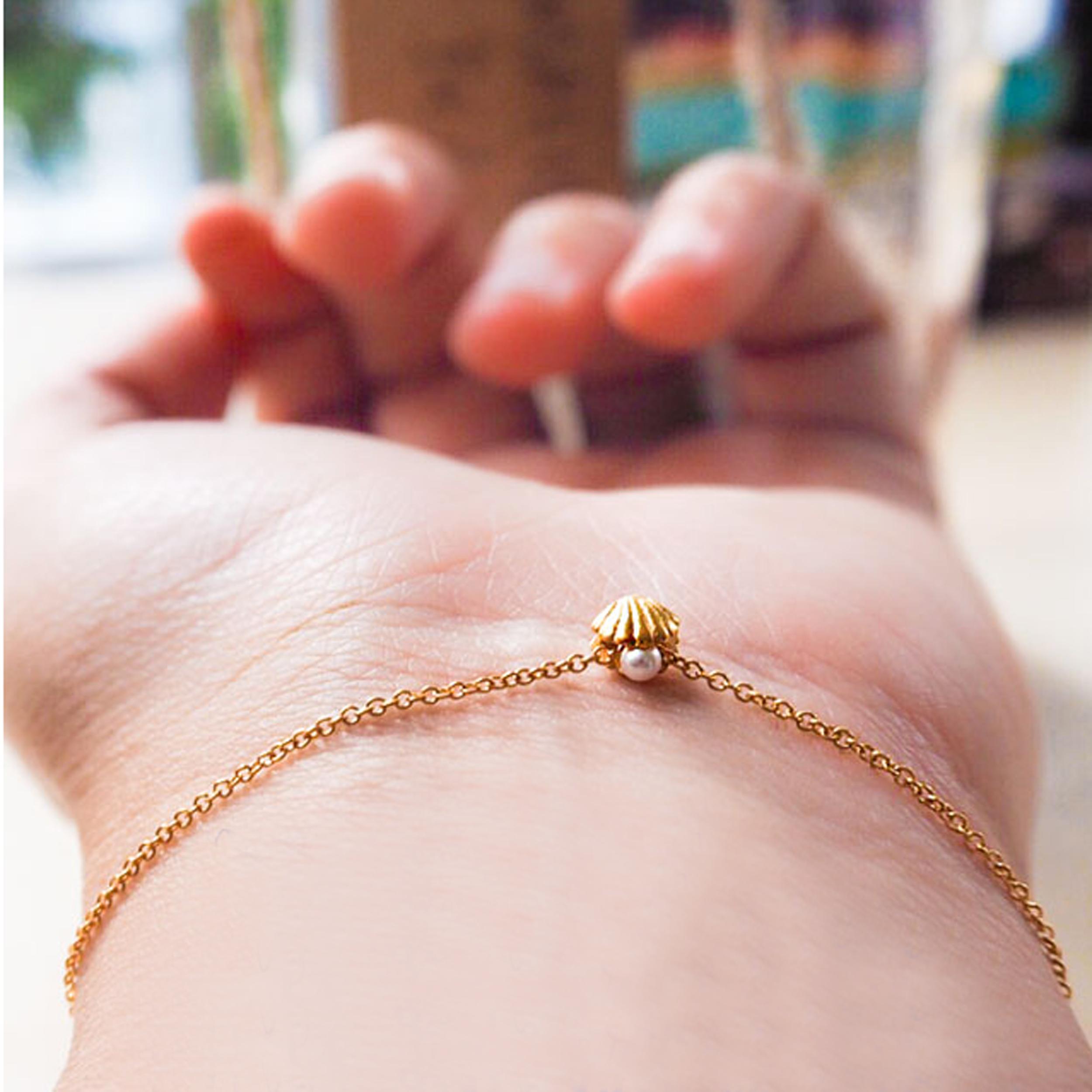 Lee Renee Shell Bracelet