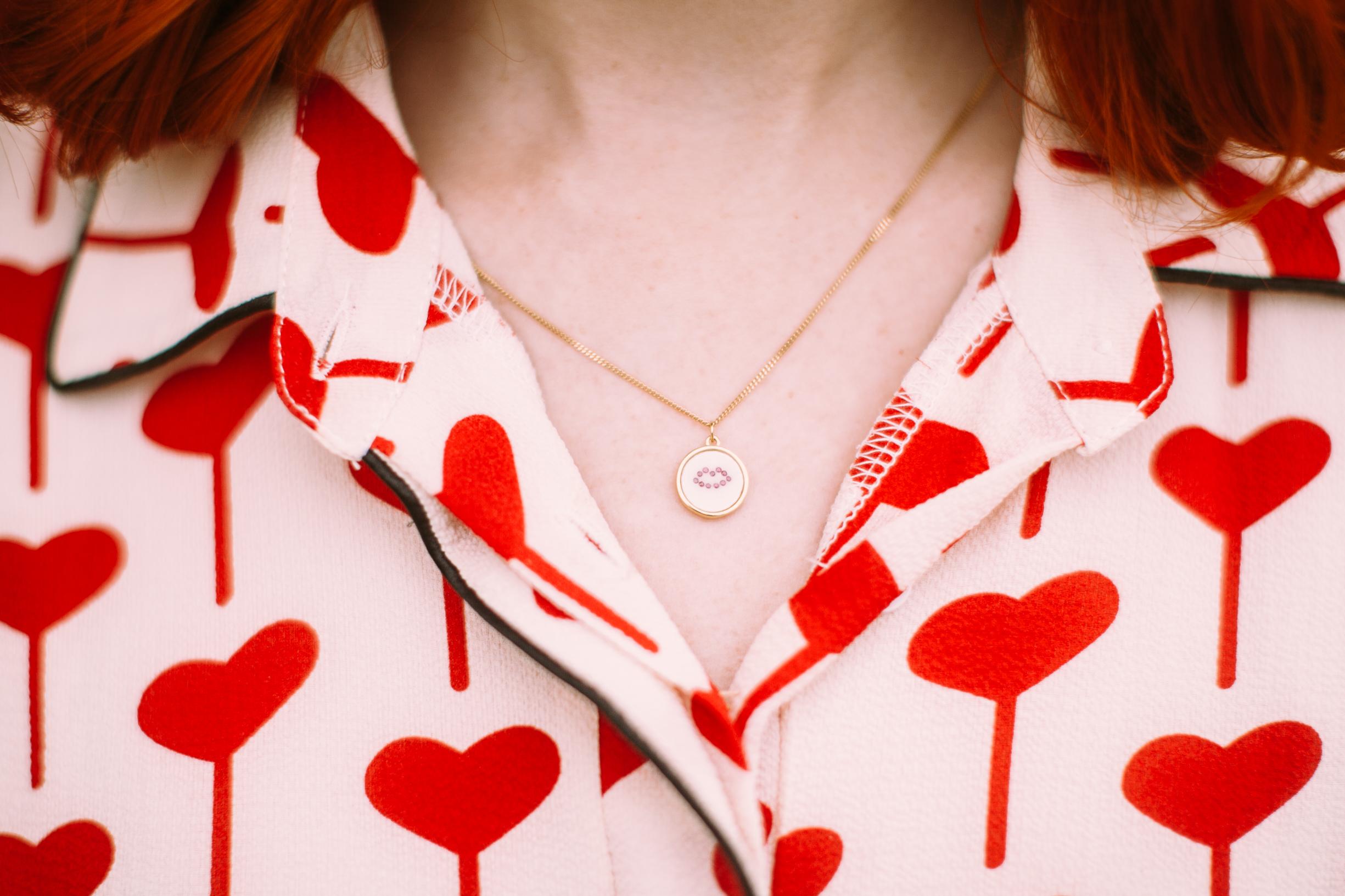 lee renee ruby lip pendant necklace