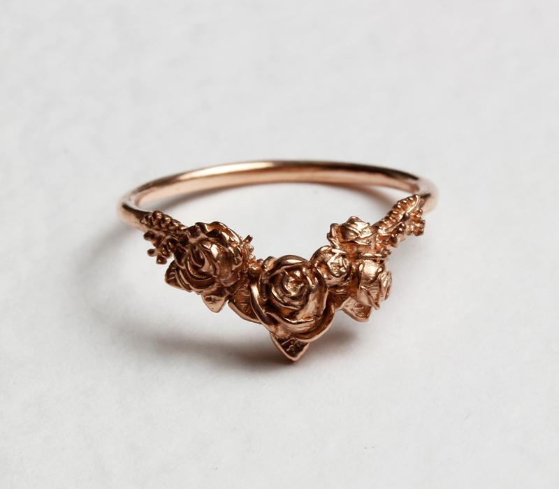Rose Chevron Ring in Rose Gold