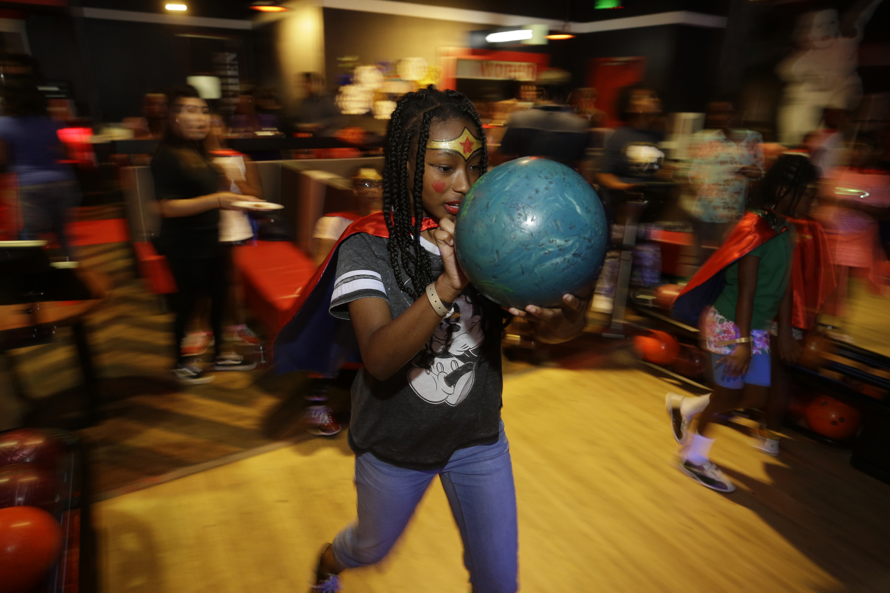 SocietyBowlingParty_mkp_033.JPG